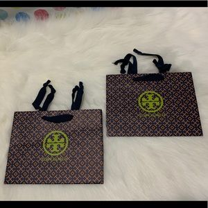 Tory Burch gift bag set